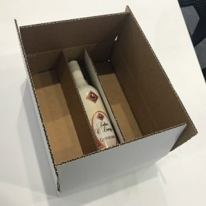 3 Bottle sending Wine Shipper